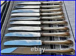 10 couteaux de table manches métal argenté modèle Rubans