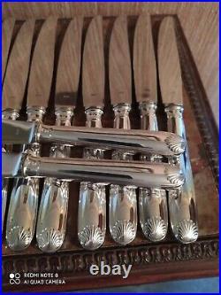 24 Couteaux Modèle Coquille en écrin Orfèvrerie S. A