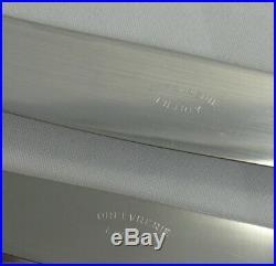 24 couteaux modèle Baguette 12 de table + 12 dessert, métal argenté O. Liberty
