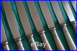 Alfénide / Christofle 12 petits couteaux modèle Pompadour métal argenté et inox