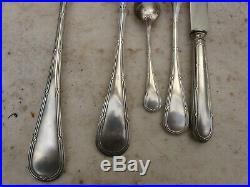 Ancienne ménagère en métal argenté avec couteaux 49 pièces modèle ruban