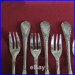 CHRISTOFLE 12 fourchettes à gâteaux en métal argenté modèle marly