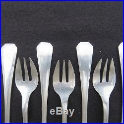 CHRISTOFLE 12 fourchettes à huîtres en métal argenté modèle america