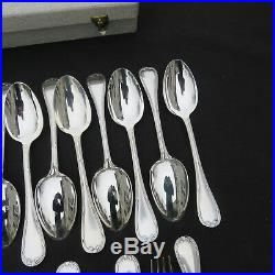 CHRISTOFLE ménagère de 36 couverts en métal argenté modèle ruban