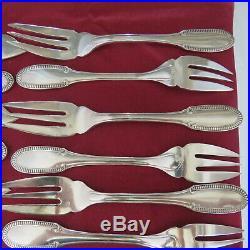 ERCUIS 12 couteaux / 12 fourchettes a poisson métal argenté modèle godrons perle