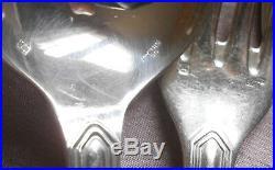 ERCUIS 12 couverts de ménagère métal argenté modèle contours trilobé VICTORIA