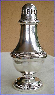 Élégante saupoudreuse métal argenté modèle godrons Christofle Collection Gallia