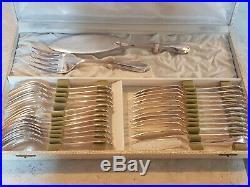 Grande Et Jolie Menagere Metal Argente Christofle 102 Pieces Modele Pompadour