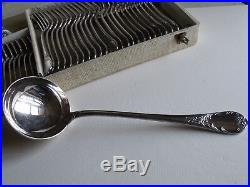 Ménagère 37 pièces métal argenté christofle modèle marly