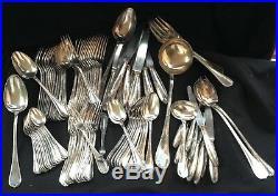 Ménagère ancienne en métal argenté modèle Rubans CHRISTOFLE 92 pièces