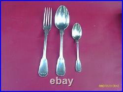 Ménagère en métal argenté modèle filet