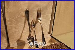 Ménagère en métal argenté modèle filet violoné Louis 15 signé CHRISTOFLE