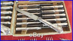 Ménagère métal argenté 57 pièces modèle Louis XV