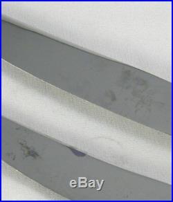 Ravinet d'Enfert 12 couteaux de table modèle Filet, excellent état métal argenté